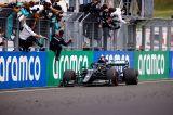 Triunfo y punta del campeonato para Hamilton